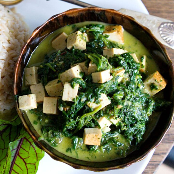 spinach sauce with tofu