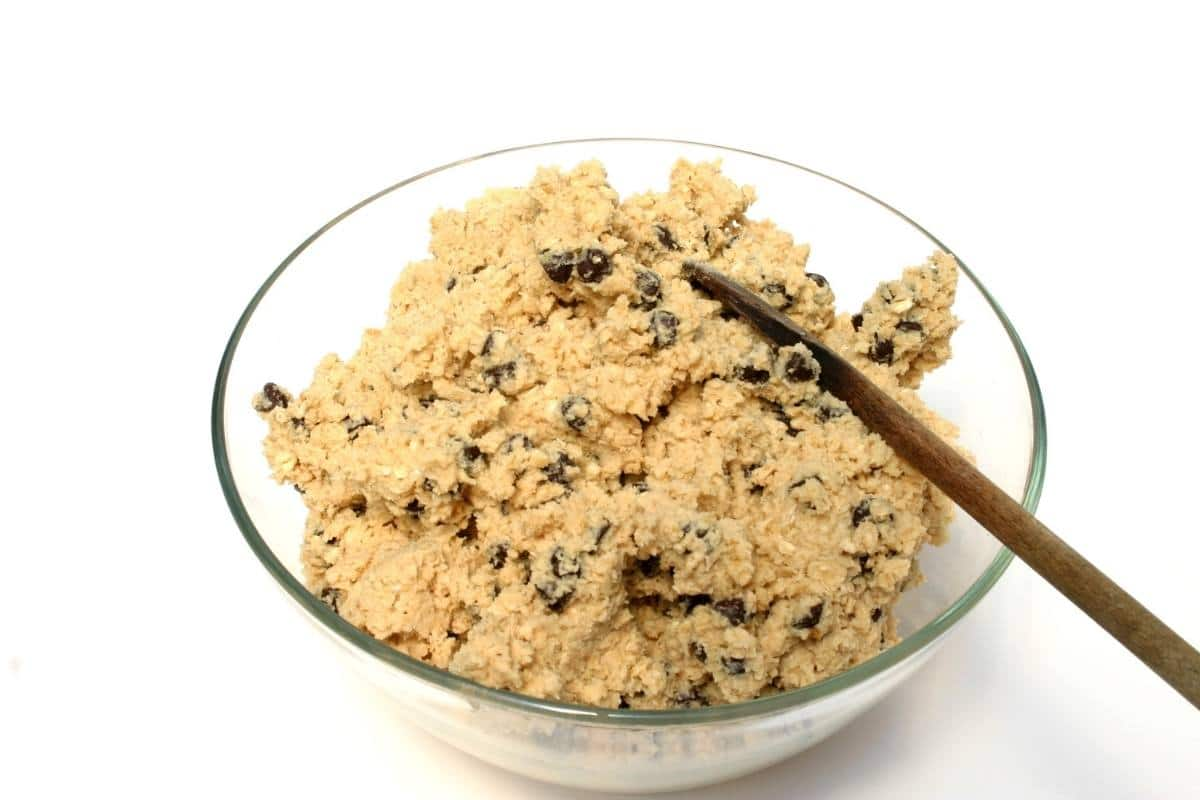 cookie dough in bowl.